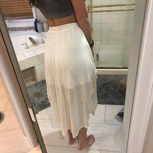 Hem & Thread Skirts - White hi-lo flowy skirt